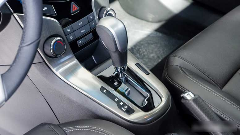 Phiên bản Chevrolet Cruze LTZ số tự động