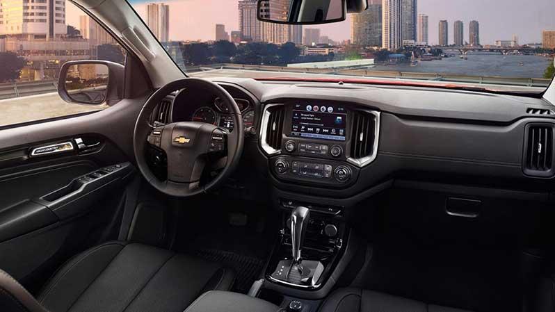 Hình ảnh tổng quan bên trong chiếc xe Chevrolet Colorado High Country