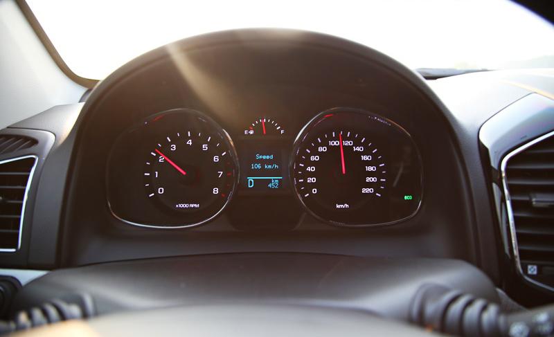 Vòng tua ở tốc độ 105 km/h rơi vào khoảng 2.200 vòng/phút.