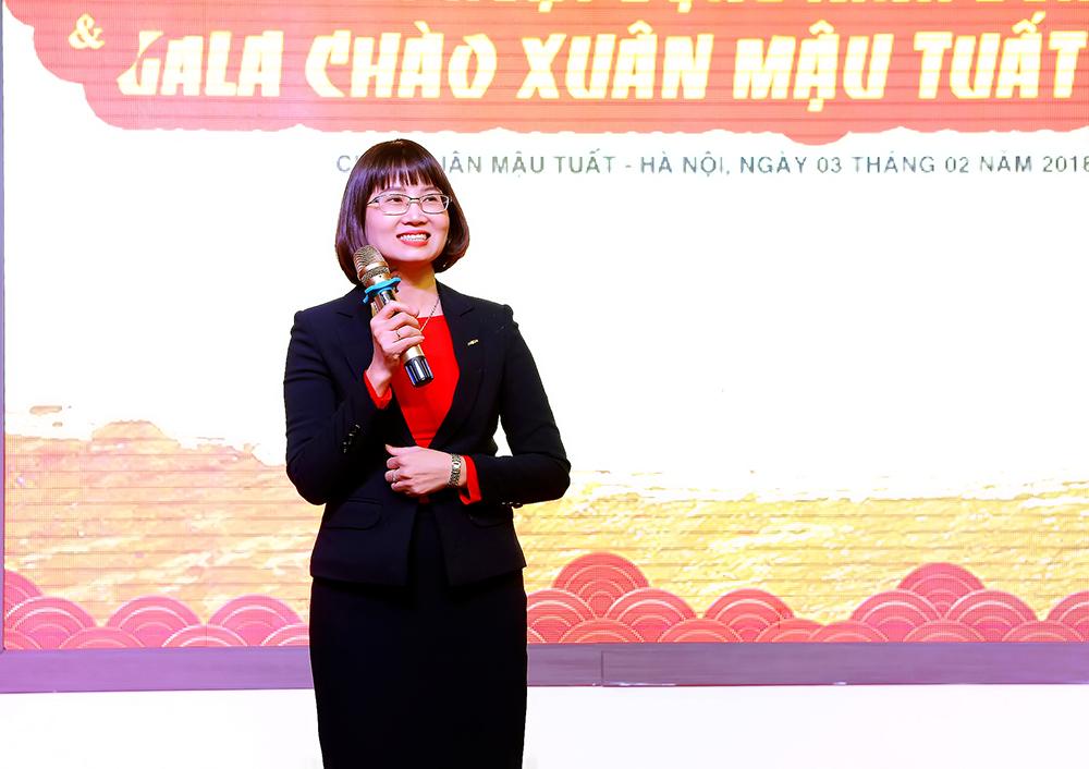 Chị Minh Phương – TGĐ công ty phát biểu tại buổi lễ