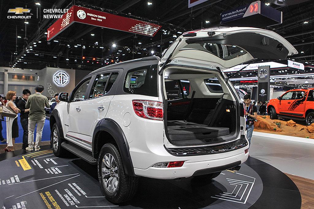 Phiên bản nâng cấp của Chevrolet Trailblazer sử dụng khối động cơ diesel 2.5L 4 xy-lanh, VGT, sản sinh công suất 180 mã lực, mô-men xoắn cực đại 440 Nm, đi kèm hộp số tự động 6 cấp và hệ dẫn động bốn bánh.